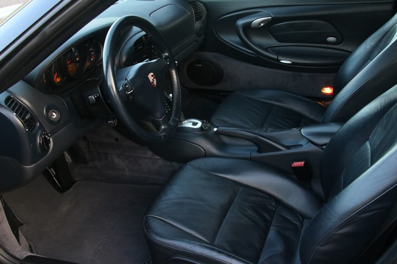 Interieur Porsche 996 Carrera 4S Coupe Tiptronic '04