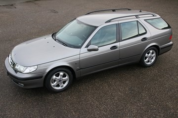 Saab 9.5 2.3SE Estate '01 65.000km €10.950,-