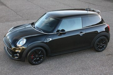 Mini Cooper '16 NL-car 14.900km