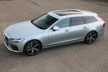 Volvo V90R-design T6 AWD Estate '17 9.200km 1 owner. BTW Auto