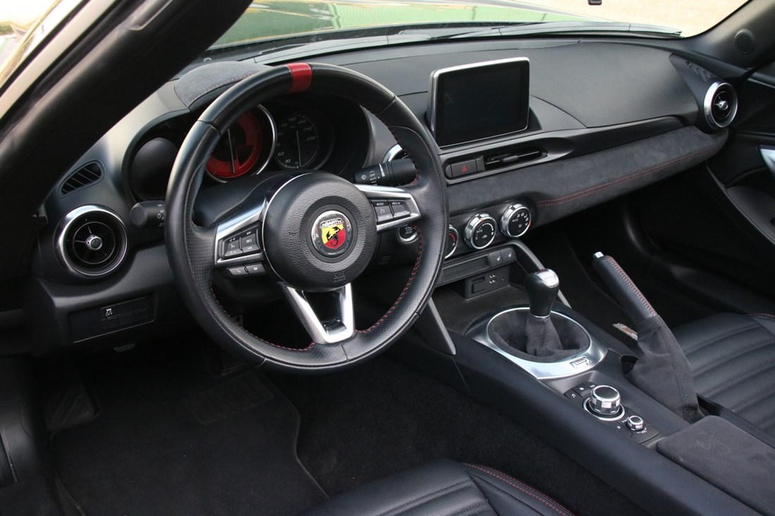 Interieur Abarth 124 Spider '17 14.000km
