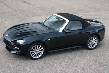 Fiat 124 Spider Lusso 1.4 Turbo Multi-Air '17 14.000km €27.950,- (VAT car)