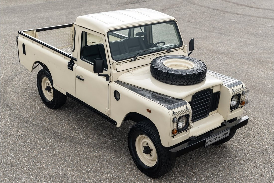 Exterieur Land Rover Series III Pick Up '78 6 cyl. benzine €19.950,-