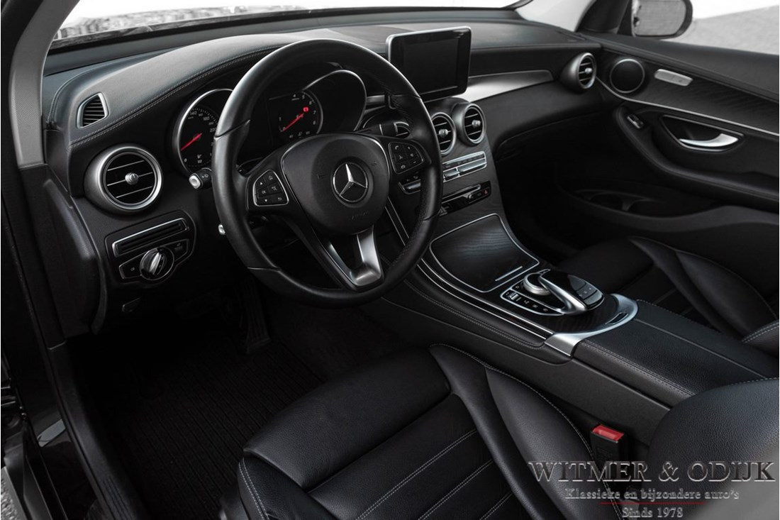 Interieur Mercedes Benz 250 GLC 4-MATIC '15 38.000km