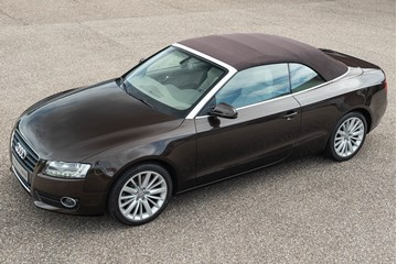 Audi A5 Cabriolet 2.0TFSI Pro-line Automatic, heated seats and headrests '10 61.000km €19.950,-