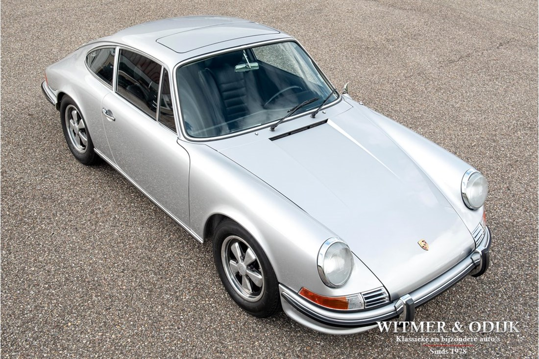 Exterieur Porsche 911 2.2 S Coupe '71 fully restored matching numbers