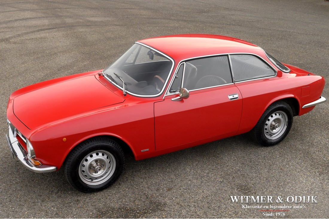 For sale: Alfa Romeo 1300 GTJunior '72 €29.950,-