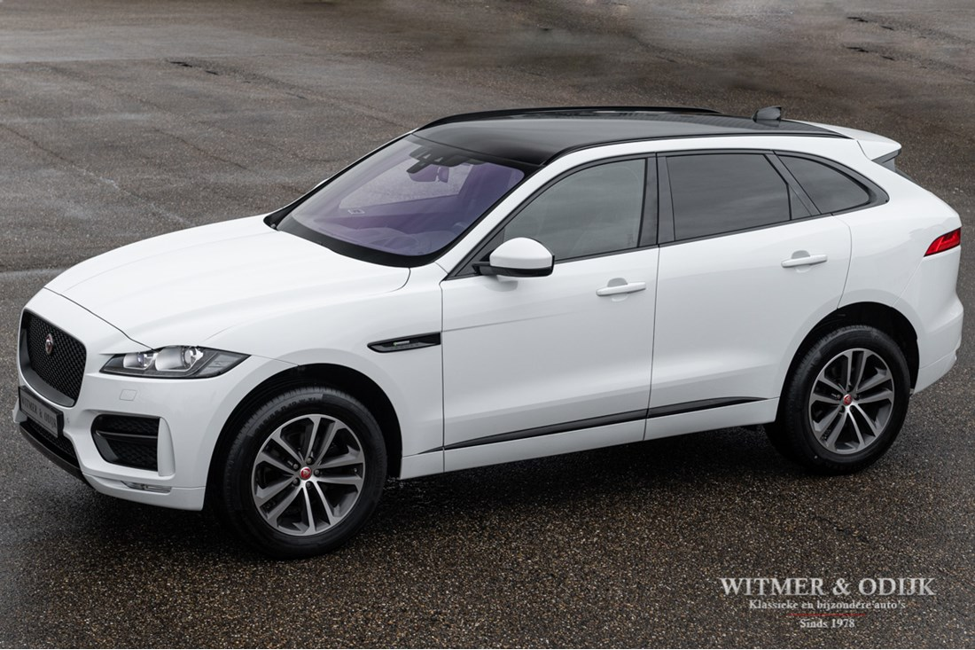 For sale: Jaguar F Pace 25T AWD R-Sport '18 28.000km €47.950,-
