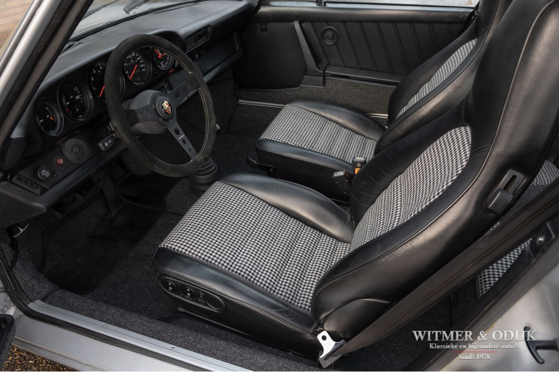 Interieur Porsche 911-993 Rebel Classic WideBody Coupe 300HP