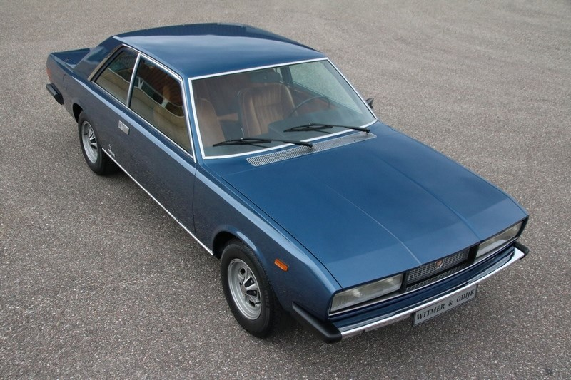 Exterieur Fiat 130 Coupe Manual 'competition-ready' '72 €25,950,-