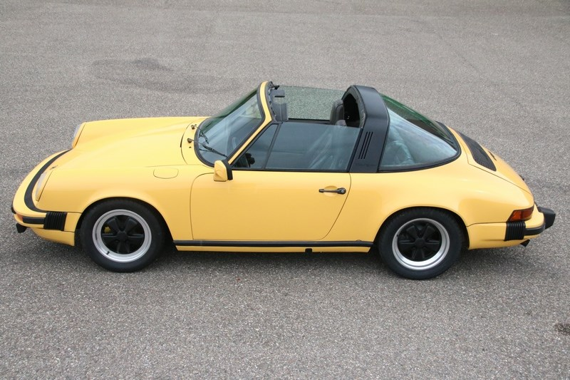 Exterieur Porsche 911 SC Targa '78 beautifully restored €55,911,-