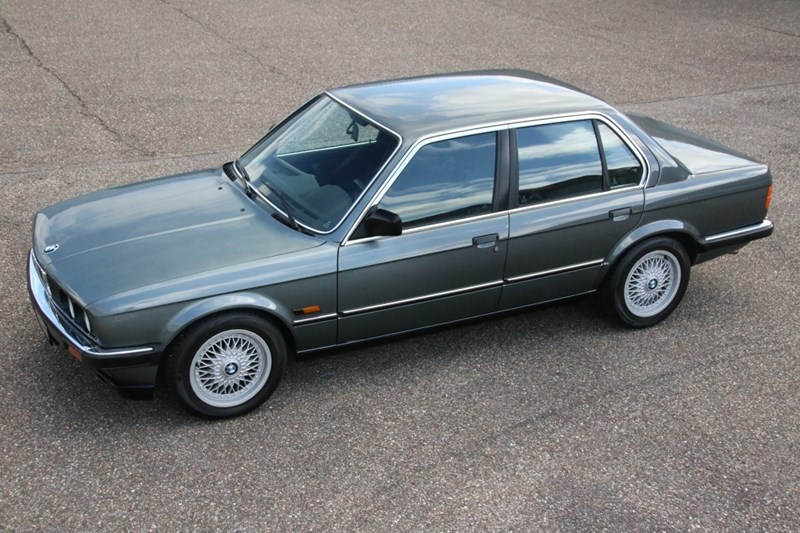 Te koop: BMW 320i Sedan manual '85 60.000km €15.950,-
