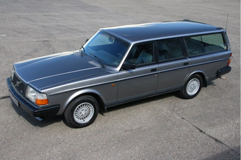 For sale: Volvo 245 Estate Super Polar '92 133,000km