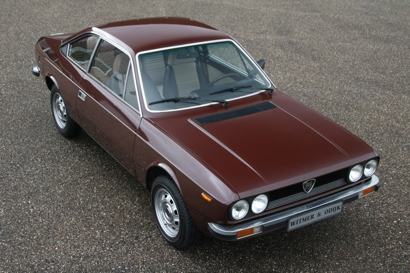 Exterieur Lancia Beta Coupe 1300 '79 55.000km €12.950,-