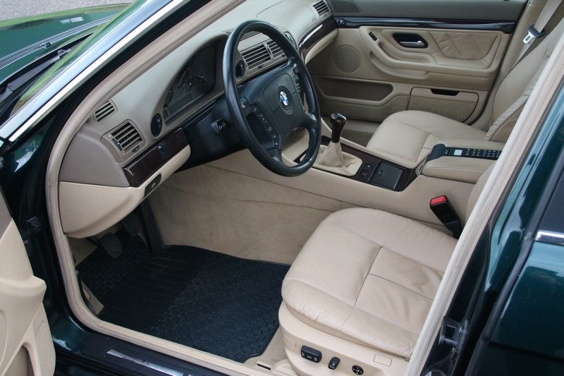 Interieur BMW 735i Manual '98 83.000km