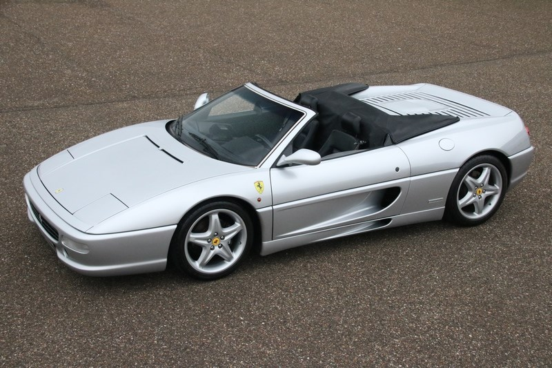 For sale: Ferrari F355 Spider 1996 68600km €74.950,-